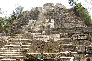 Maya Pyramide in Belize