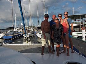 Crew in der Marina in Cienfuegos