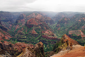 Foto: Blick in den Waimea Canyon auf Kauai - Hawaii.